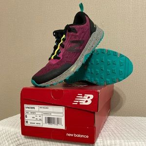 New Balance Youth Girls Sneakers